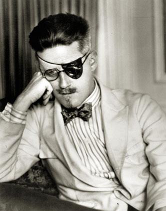 James Joyce,Paryžius 1926, Berenice Abbott