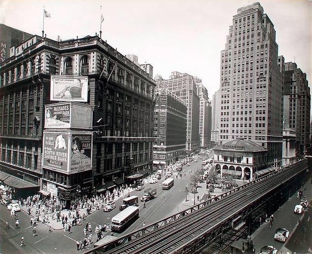 Herald Square, 34os ir Brodvėjaus sankryža, 1936, Berenice Abbott