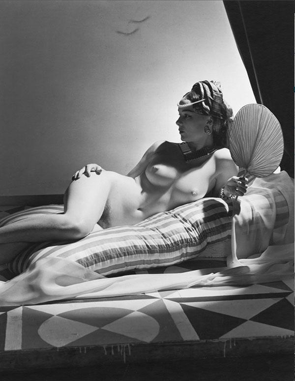 Odalisque - 1943