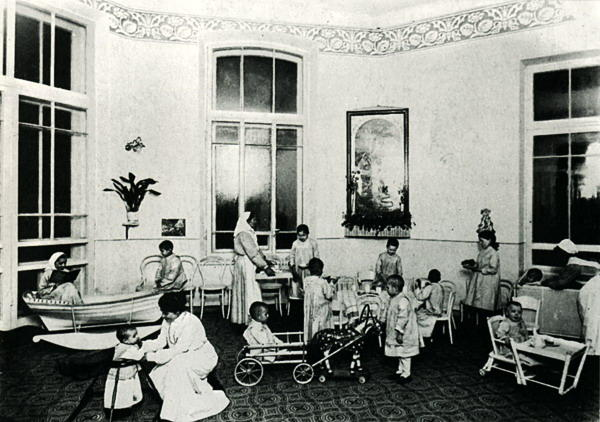 Vaikų klinika, 1913
